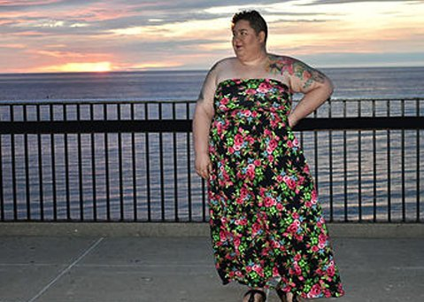plus-size-summer-dresses-mechanic-shop-femme
