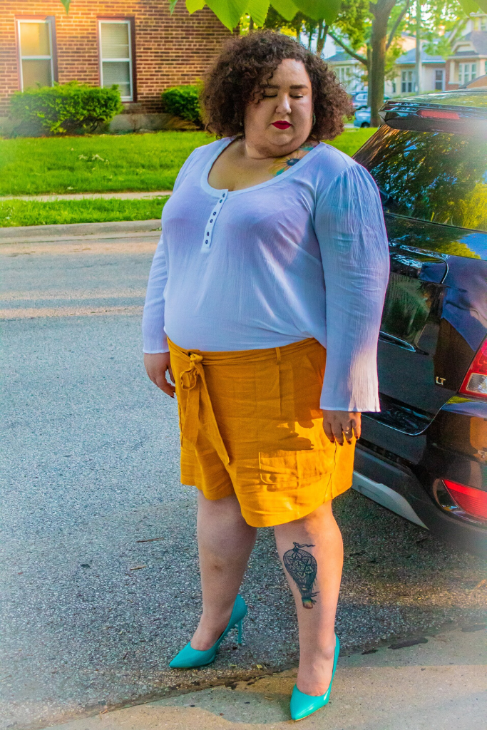 Chaya wearing plus size modcloth shorts